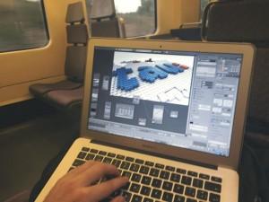 En el tren dando los últimos retoques