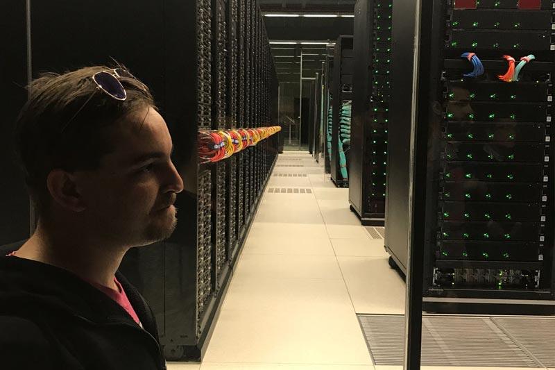 Supercomputador Mare Nostrum - curso de montaje y reparación de sistemas microinformáticos - Tau formar
