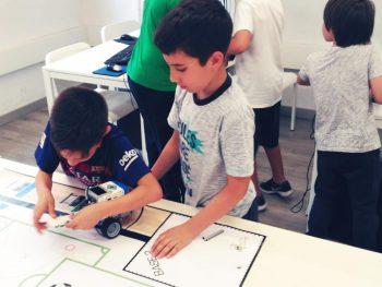 tau formar curso de ciencia robotica niños niñas santa coloma de gramenet 9